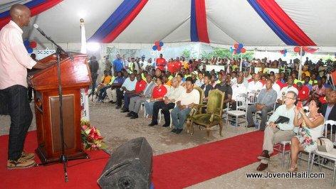 PHOTO: Haiti - President Jovenel Moise, Ceremonie Pose de premiere pierre Centre de formation professionnelle CFPTC Les Cayes