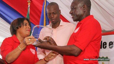PHOTO: Haiti - President Jovenel Moise, Magistrat Gabriel Fortuné, Pose de la première pierre CFPTC Les Cayes