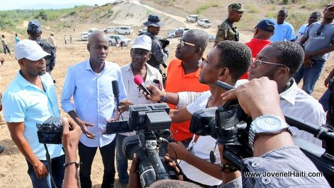 PHOTO: Haiti - President Jovenel Moise visits the construction works linking carrefour Joffre to Anse-a-Foleur