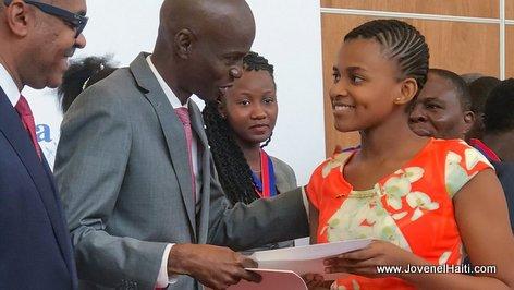 President Jovenel Moise - Remise de prix aux lauréats des examens officiels