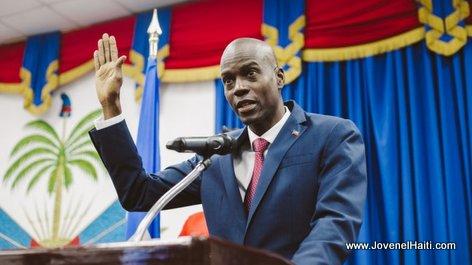 PHOTO: Haiti - President Jovenel Moise ki ap Prete Serment