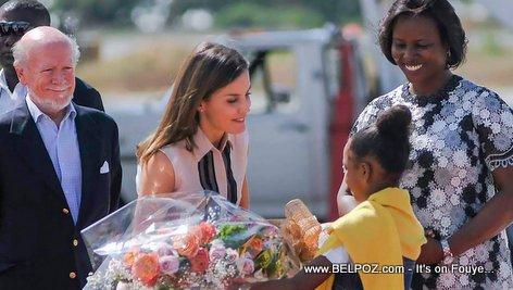 Martine Moise souhaite la bienvenue en Haiti à la Reine d'Espagne