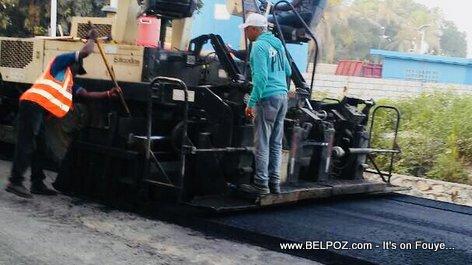 Haiti Road Construction, Route de Darbonne Leogane - Caravane Changement