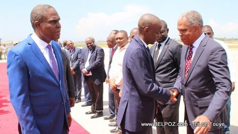 High ranking officials in Haiti line up at the airport to greet President Jovenel Moise arriving from the UN General Assembly