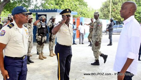 Petion-Ville police salutes President Jovenel Moise during his visit to the Commissariat