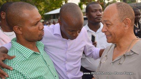 PHOTO: President Jovenel Moise ak ansyen Delegue Departemental Georges Garnier nan ville Hinche