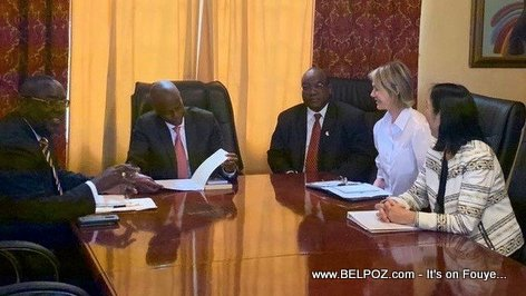 US Ambassadors Kelly Craft and Michelle Sisson in a meeting with Haiti President Jovenel Moise trying to solve the political crisis