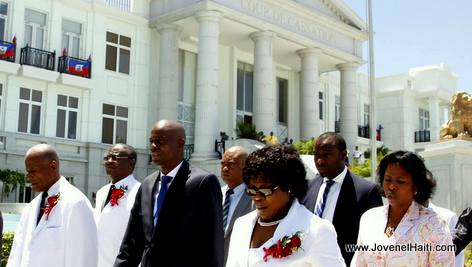 PHOTO: Haiti President Jovenel Moise visits Cour de Cassation (200 years old)